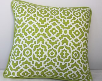 Green pillow sham