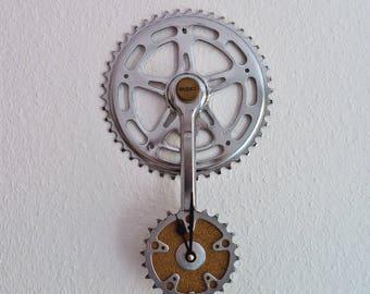 Upcycling Design Clock LE Tour