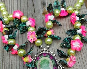 Womens pink roses with leaves green pearl tree pendant necklace
