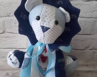 Memory Keepsake Lion - Baby Clothes, School Uniform, Sports Kit, Christmas Gift, birth weight, weighted, cherished clothing