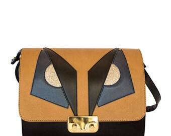 Black leather Minibag Shoulder bag Manga-women's handbag in leather handmade