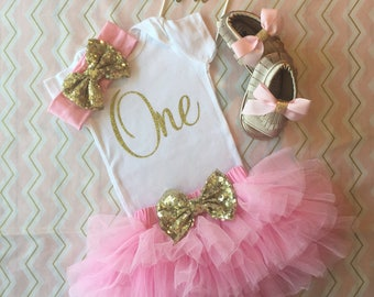 First Birthday Outfit Girl, Pink and Gold Birthday outfit, First Birthday outfit girl pink and gold, cake smash outfit, gold glitter onesie