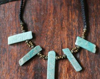 Blue amazonite macramé necklace
