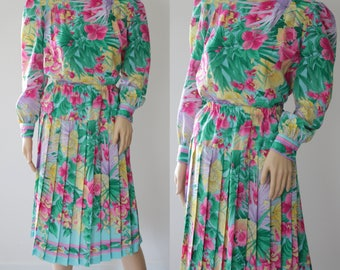 Cheerful 80s-90s Floral 2 Pieces