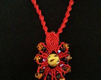 RED NECKLACE  MACRAME
