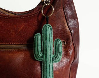 GIANT cactus succulent interior plant green keychain felt embroid illustration/graphic design urban jungle tropical hand-made