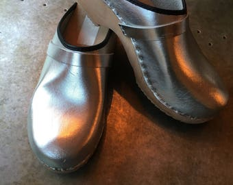 Denmark Clogs Silver Shiny Leather Wooden Clogs Women's Size 40 Nordic Clogs