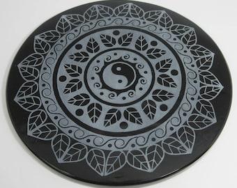 Engraved black obsidian mirror - Yin Yang Mandala