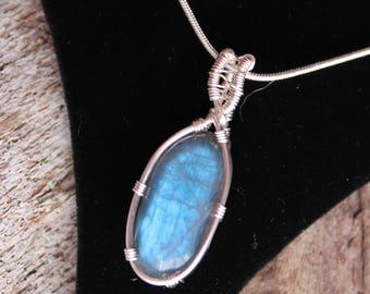 Self Confidence Pendant, Bright Blue Labradorite