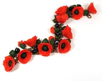 Red Poppy Bracelet, Poppy Jewelry, Red Flower Bracelet, Red Bracelet, Gemstone Bracelet, Woman gift, Handmade jewelry, polymer clay bracelet