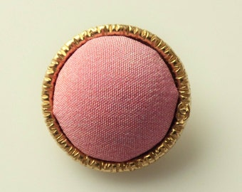 Chanel Button CC 22mm Pink