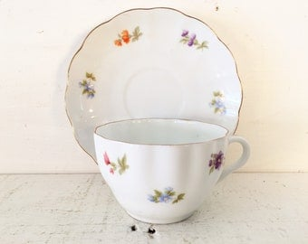 Arabia Made in Finland Vintage Teacup and Saucer/Farmhouse Kitchen Collectible Finland Teacup and Matching Saucer/Shabby Chic Finland China