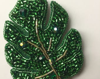 Embroidered Beaded Brooch Pin Patch Green Monstera Leaf Plant Print Tropical Jewelry Gold