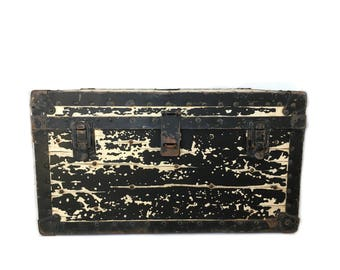 Vintage WWII Navy Shipping Chest Trunk Radio Equipment Container Type CFG-10197