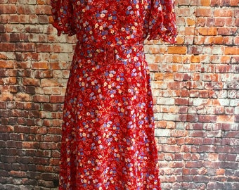 Vintage red, floral, maxi dress. 1970s.  Approx modern size 14 UK.