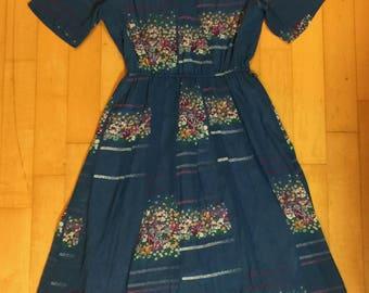 Stunning Japanese blue floral vintage v-neck summer dress / sun dress - excellent condition!