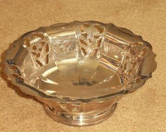 Stylish 19th Century Silverplate Dish