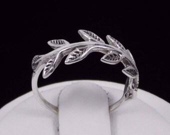 Laurel Branch Ring Sterling Silver Ring