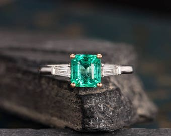 Natural Emerald Engagement Ring White Gold Emerald Cut Baguette Diamond Wedding Ring Anniversary Bridal Birthstone Ring Solitaire Women
