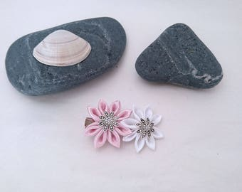 2 simple light pink and white kanzashi flower hair clip.