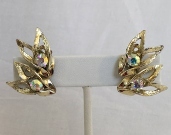 Pink Aurora Borealis Rhinestone Gold Tone Flame Vintage Clip Earrings