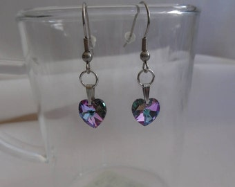 Heart Earrings with swarovski with multiple reflections on stainless steel.