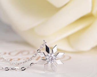 Diamond Necklace Snowflake White Gold Charm Necklace Unique Solitaire Geometric Women Flower Pendant Floral Anniversary Adjustable Her Gift