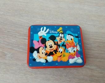 Representative of the Disney cartoon characters metal box