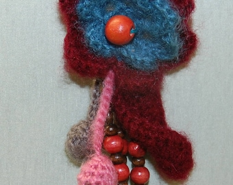 Wool brooch