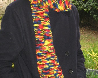 Long multicolored wool scarf