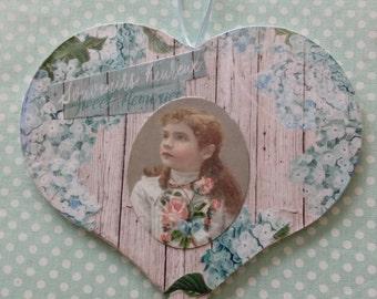 Decorative wall /Heart to Hang