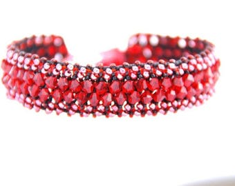 Red Crystal Bracelet, Crystal Bracelet, Red Bracelet, Gift for Her, Mothers Day Gift, Bridesmaid Gift, Wedding Jewellery, Bridal Jewellery