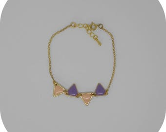 Pastel triangles sequins and gold chain bracelet