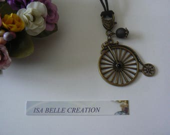 Great velocipede charm necklace, bronze