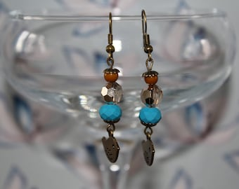 Beautiful earrings dangling bird charm bead