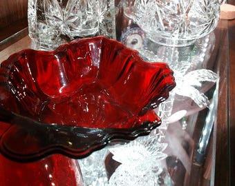 Vintage Anchor Hocking Royal Ruby Leaf Glass Dish