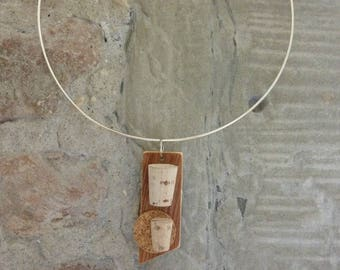 Mother's day gift idea. Pendant made of wood and Cork. Upcycling