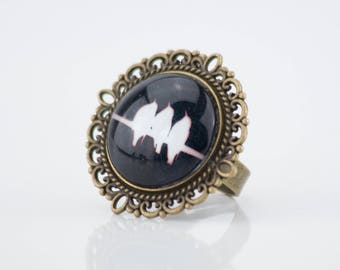 Black and white birds #1427 cabochon ring