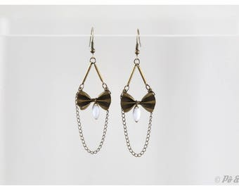 Earrings brass bows and white #0800
