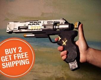 Destiny Exotic Trespasser Sidearm Gun hand Cannon