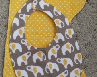 One bib and two matching burp cloths