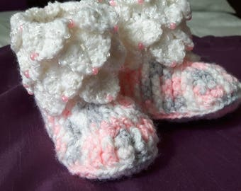 crocodile with beads stitch slippers.
