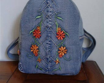 Beanie with embroidered flowers denim canvas backpack