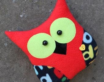 Stuffed red owl Bird toy Wood animal toy Stuffed bird Animal pillow Owl gift home decor Owl plushie Christmas owl Nursery decor