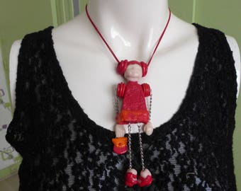 the purse girl necklace