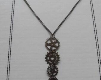 Graduated Cogs Steampunk Necklace