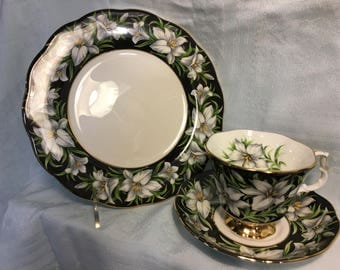 Royal Albert Provincial Flowers Madonna Lily Lunch/Tea Cup Set (Fine Bone China England)