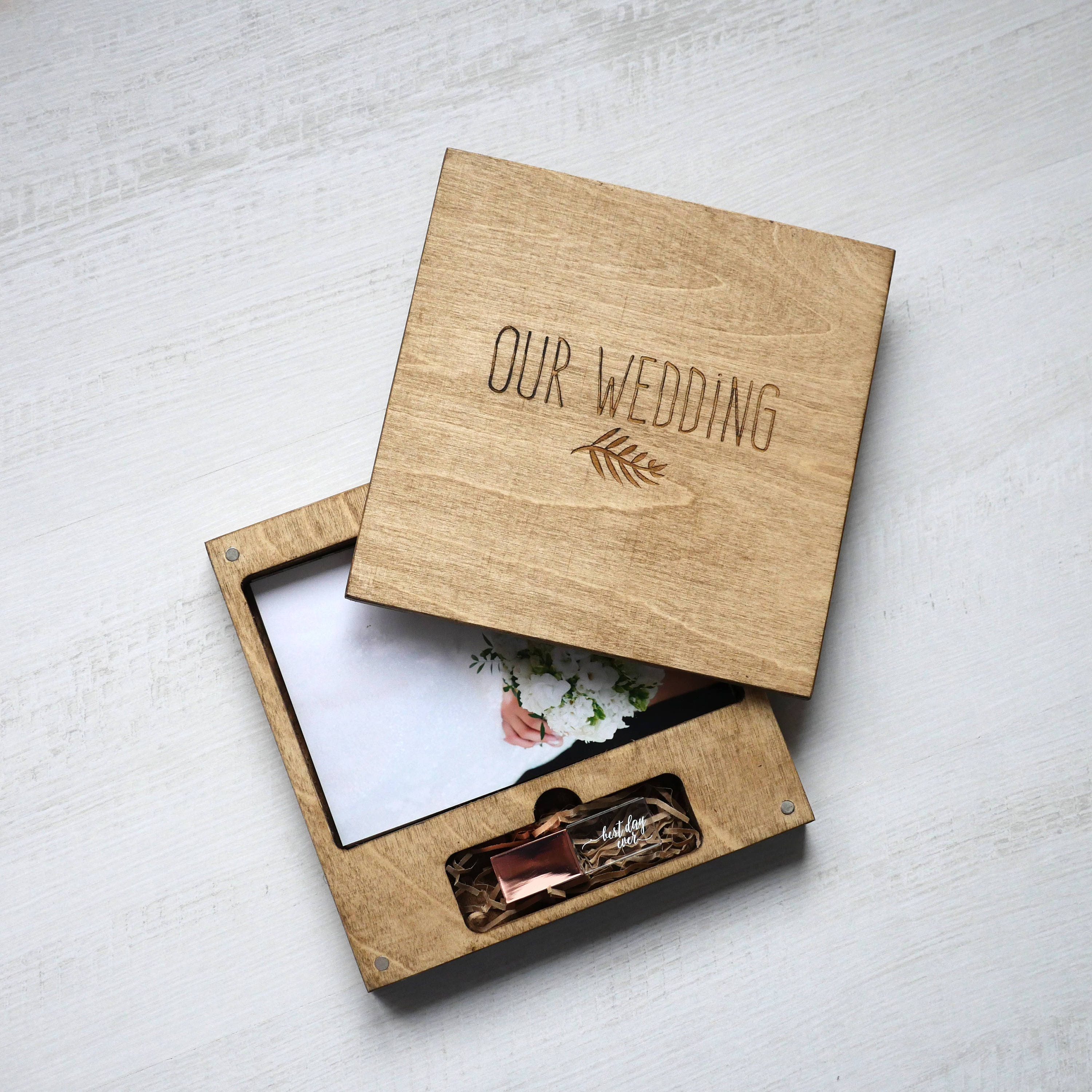 wood box for usb and photo 4x6 10x15cm wedding package