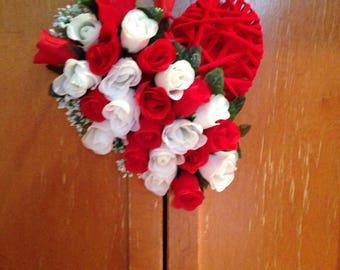 Heart wreath/door hanger-Rose/Valentine's wreath-Spring wreath