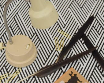 Beige Pixar-Style Desk Lamp | Vintage